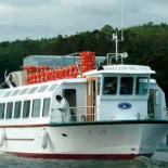 Despilfarro del PP manchego: 1.000.000 euros en un buque, muelle y hangar para navegar por un pantano