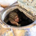 Las mujeres soldado, en primera línea contra los rebeldes en Damasco