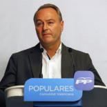 Los barones territoriales abandonan a Rajoy