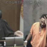 Jueza recuerda al acusado que fueron amigos del colegio, y éste no puede contener la emoción