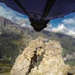 El salto BASE más peligroso del mundo
