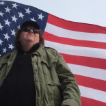 Entrevista a Michael Moore ¿Qué invadimos ahora?