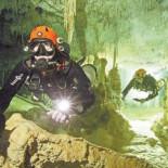 Descubren en Tulum la cueva inundada más larga del mundo
