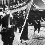 Las 60 estadounidenses que lucharon contra Franco