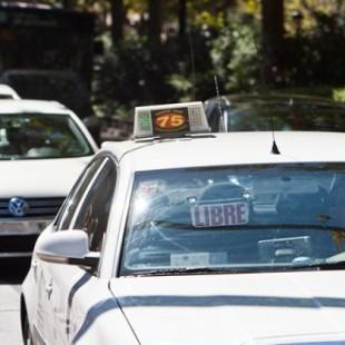 ef068a4c4a Los taxistas de Vigo amenazan con vestir falda si les prohíben usar pantalones  cortos